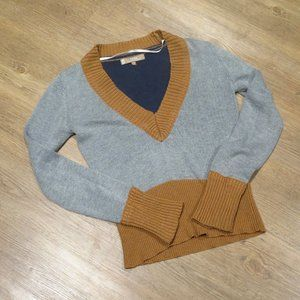 V-neck Pullover Sweater Grey Blue and Yellow